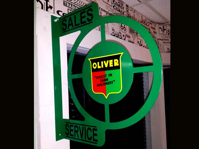 69 00 Oliver Tractor Wall Mount Sign In Green